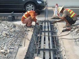 安通良品桥梁伸缩缝施工现场注意事项1