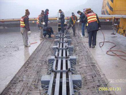 GQF-MZL160、240、320型桥梁伸缩缝RG型伸缩缝3